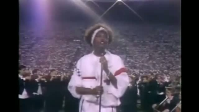 Whitney Houston 1991: Star Spangled Banner at Super Bowl XXV