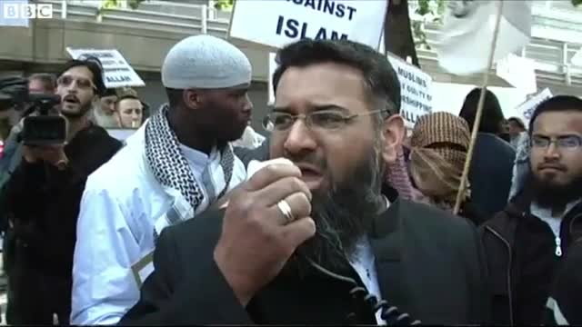Anjem Choudary and Woolwich killer from 2007