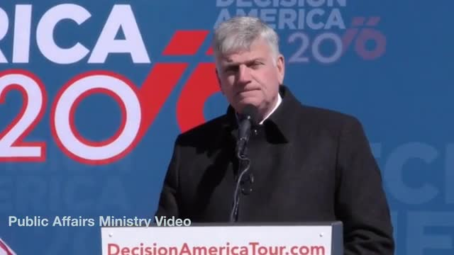 Rev. Graham: 'We Have Godless Secularism ... Especially in Washington'