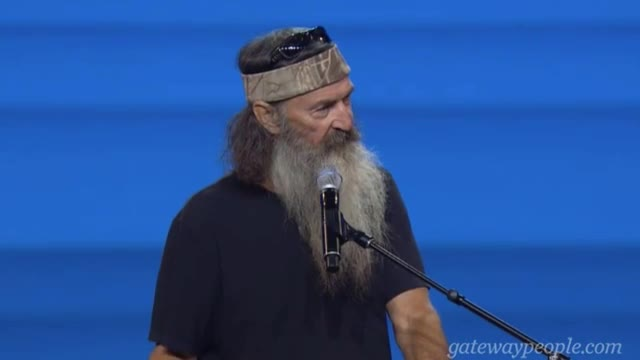 Phil Robertson 'Turn to God' - Show News Media 'What Real Love Is'