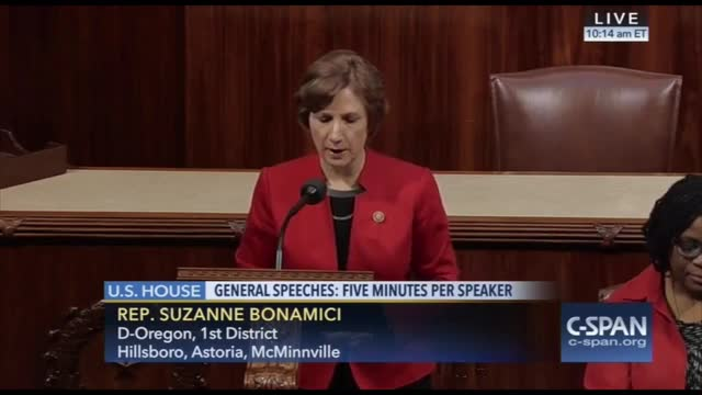 Dem Rep. Hyde Amendment Is Denying Women 'Constitutional Right' to Abortion