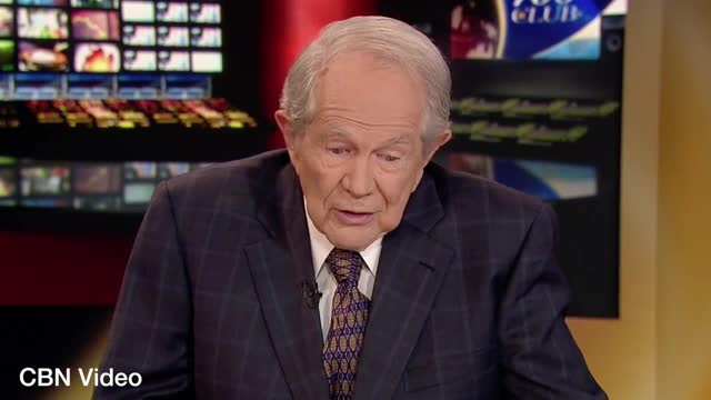 CBN's Pat Robertson: Dr. Ben Carson is Far More Qualified Than Barack Obama or Bernie Sanders