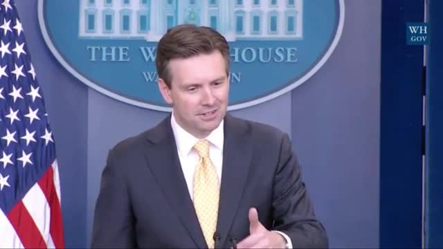 Earnest: Moving Press Corps Out of West Wing Would 'Affect' Reporters' Jobs